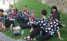 FSU Jihlava - cekání na vystoupení v parku - pitný režim dodržen